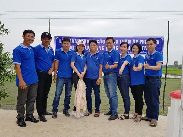 NCB trao tặng nhà, tài trợ xây cầu dân sinh tại 03 tỉnh miền Tây ảnh 2