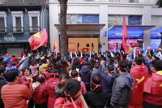 Ngân hàng Quốc dân NCB tiếp lửa cho U23 Việt Nam giành cúp vô địch ảnh 5