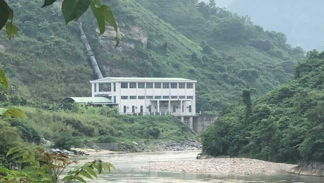 Cận cảnh dự án thủy điện nghìn tỷ xây 'chui' ở Lào Cai ảnh 7