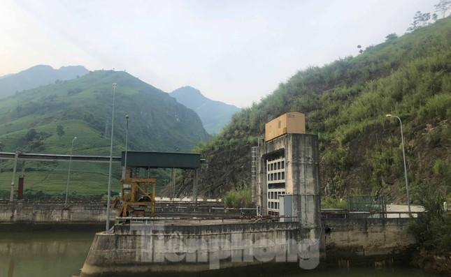 Cận cảnh dự án thủy điện nghìn tỷ xây 'chui' ở Lào Cai ảnh 4