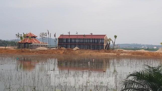 Bên trong dự án Vườn Vua hơn 1.400 tỷ vướng hàng loạt sai phạm ở Phú Thọ ảnh 2