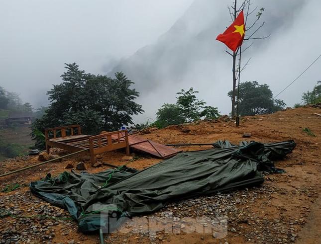 Gian truân giám sát lao động từ Trung Quốc về nước qua đường mòn ảnh 6