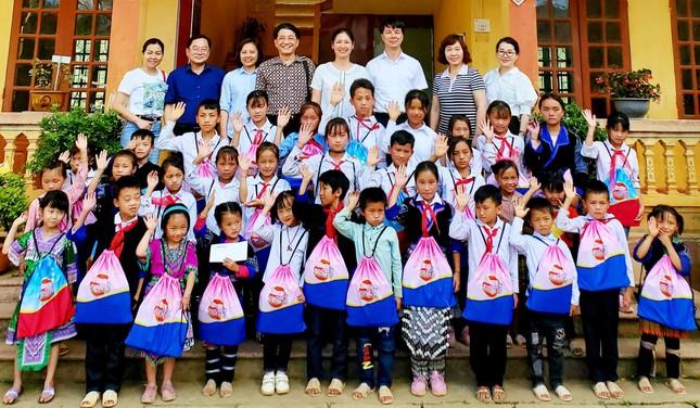 Ấm tình món quà tặng TNXP, học sinh nghèo tỉnh vùng cao Yên Bái ảnh 6