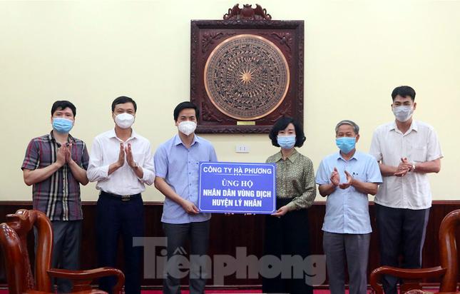 Hà Nam cấm bán thuốc hạ sốt, cảm cúm không có đơn để kiểm soát dịch COVID-19 ảnh 2