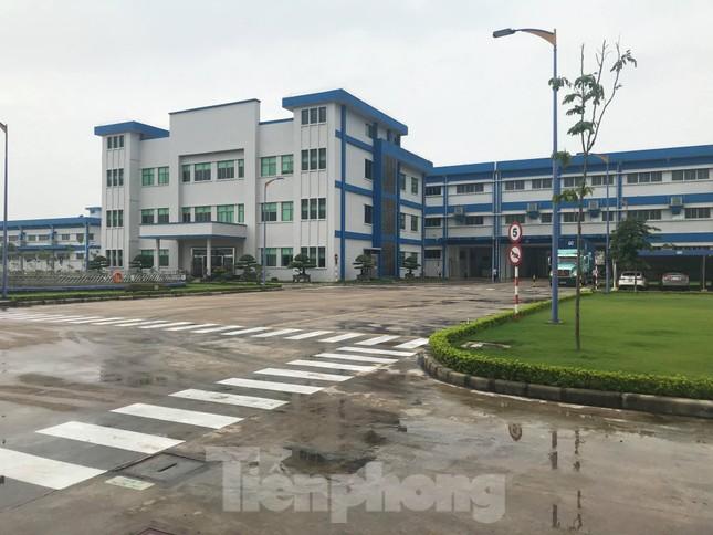 Công nhân giày da tiếp tục ngộ độc hô hấp, nhà máy đóng cửa chờ điều tra ảnh 3