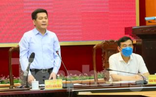Hơn 100 sinh viên y xung phong ra tuyến đầu, Thái Bình yêu cầu người dân ở nhà 2 tuần ảnh 2