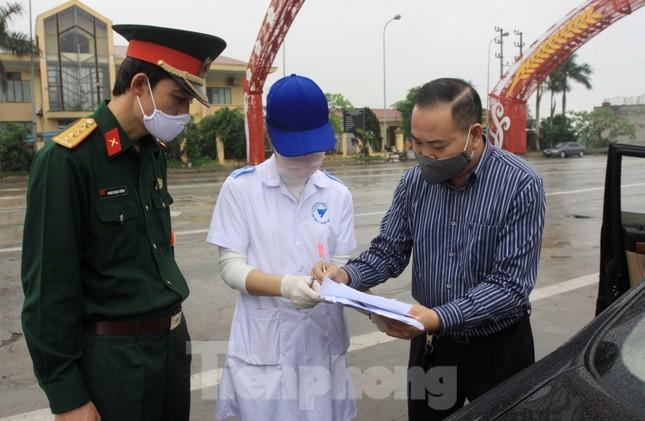 Thanh Hoá tiếp tục giãn cách xã hội đến 30/4 ảnh 3