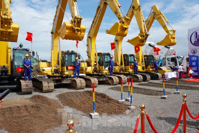 Nam Định khởi công tuyến đường bộ ven biển trị giá gần 2.700 tỷ đồng ảnh 3
