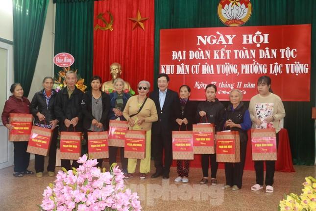 Phó Thủ tướng Phạm Bình Minh dự Ngày hội Đại đoàn kết toàn dân tại Nam Định ảnh 5