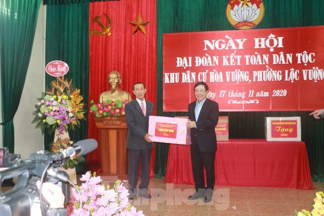 Phó Thủ tướng Phạm Bình Minh dự Ngày hội Đại đoàn kết toàn dân tại Nam Định ảnh 4