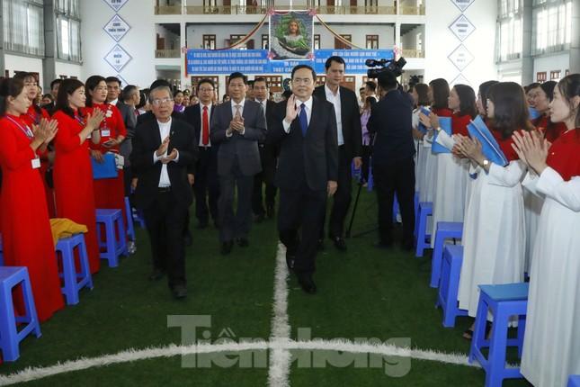 Chủ tịch MTTQ Trần Thanh Mẫn chúc mừng Giáng sinh tại giáo phận Bùi Chu và Thái Bình ảnh 1