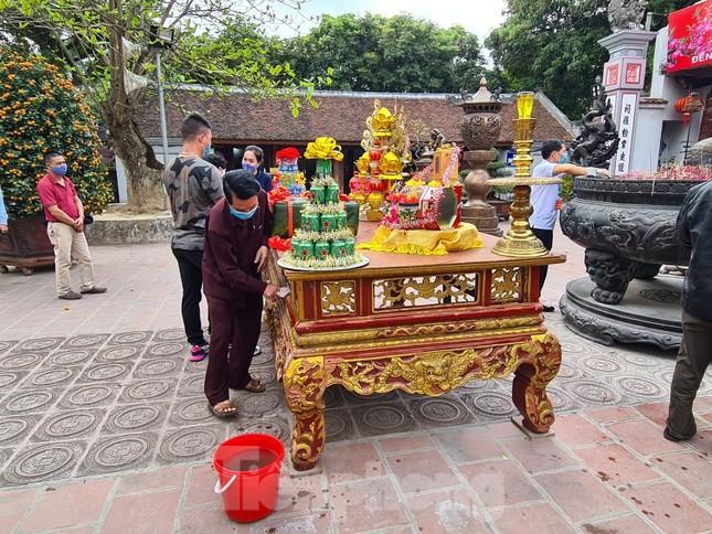 Lần đầu tiên đền Trần vắng nhất trong hơn 30 năm qua, phát ấn theo cách đặc biệt ảnh 22