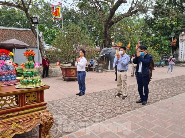 Lần đầu tiên đền Trần vắng nhất trong hơn 30 năm qua, phát ấn theo cách đặc biệt ảnh 19