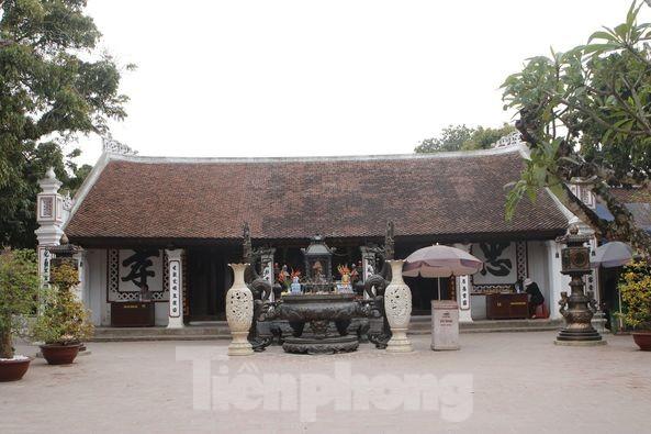 Lần đầu tiên đền Trần vắng nhất trong hơn 30 năm qua, phát ấn theo cách đặc biệt ảnh 1
