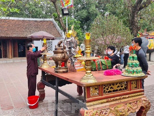 Lần đầu tiên đền Trần vắng nhất trong hơn 30 năm qua, phát ấn theo cách đặc biệt ảnh 21