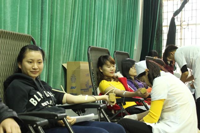 Hơn 8.400 đơn vị máu trong Chủ Nhật Đỏ ảnh 5