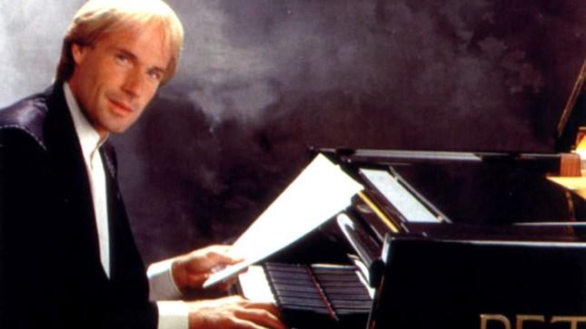 Văn nghệ sáng 28/6: Richard sẽ biểu diễn piano ở Việt Nam ảnh 1