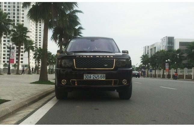 Đại gia sở hữu đôi siêu xe mạ vàng 24K ảnh 5