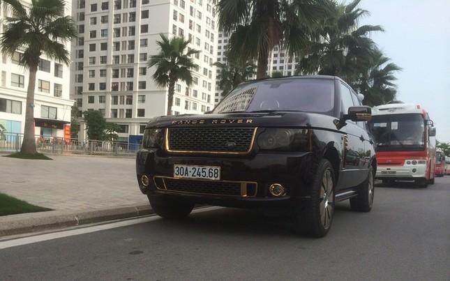 Đại gia sở hữu đôi siêu xe mạ vàng 24K ảnh 6