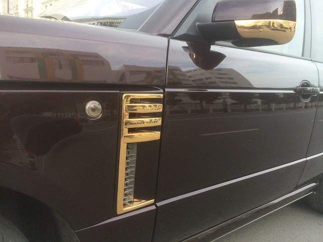 Đại gia sở hữu đôi siêu xe mạ vàng 24K ảnh 7