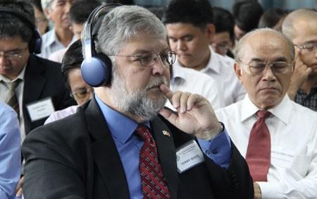 Giáo sư Ngô Bảo Châu cùng cộng sự đối thoại giáo dục ảnh 4