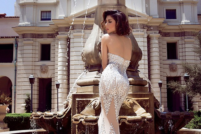 Ngọc Quyên kiêu kỳ bỏng mắt với váy ôm sát ảnh 3