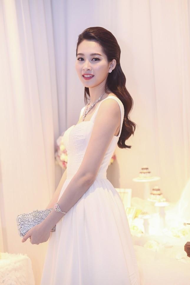 """Hoa hậu Thu Thảo trở thành """"cô dâu đáng mơ ước nhất"""" ảnh 9"""