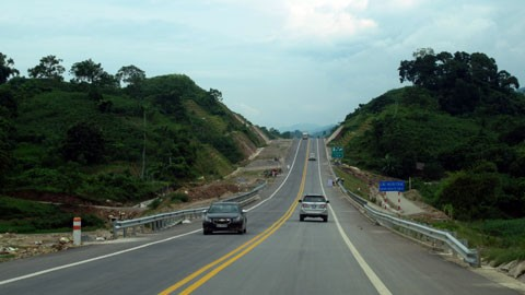 Tuyến cao tốc dài nhất Việt Nam trước giờ thông xe ảnh 10
