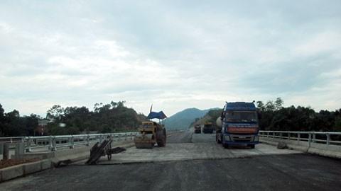 Tuyến cao tốc dài nhất Việt Nam trước giờ thông xe ảnh 1