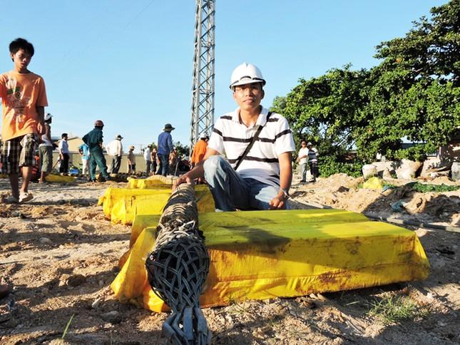 Đóng điện lưới quốc gia cho đảo Lý Sơn ảnh 1
