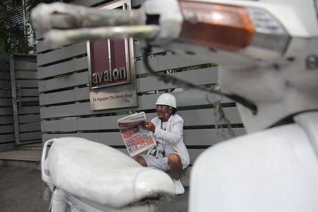 Cuộc sống đầy màu trắng của 'Bạch công tử Sài Gòn' ảnh 9