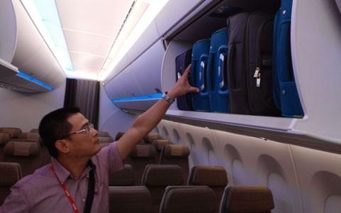 Việt Nam sắp nhận máy bay hiện đại nhất thế giới ảnh 10