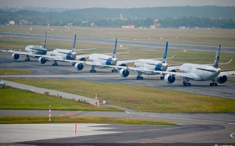 Việt Nam sắp nhận máy bay hiện đại nhất thế giới ảnh 11