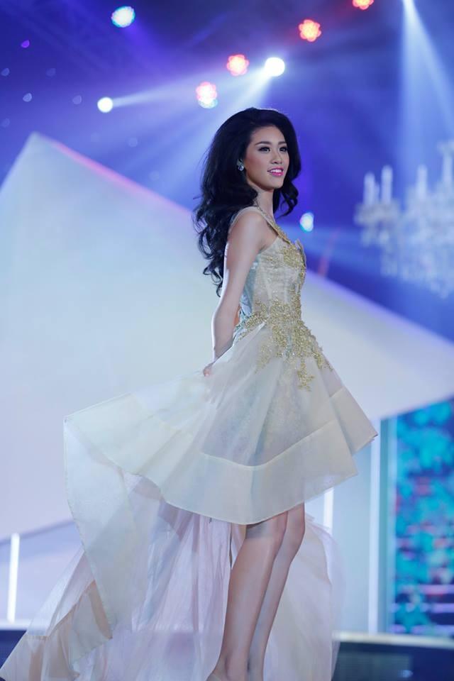 Thí sinh Hoa hậu phía Nam lộng lẫy trong trang phục dạ hội ảnh 8