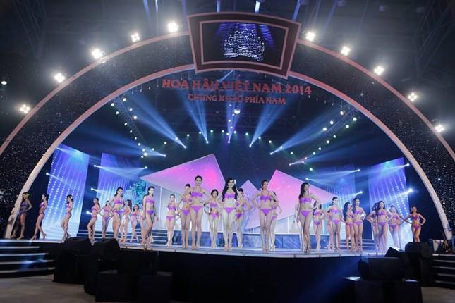 Thí sinh Hoa hậu phía Nam quyến rũ trong phần thi áo tắm ảnh 2