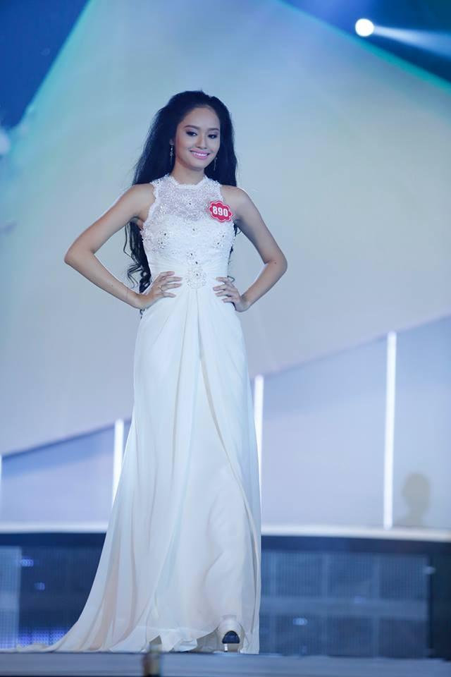 Thí sinh Hoa hậu phía Nam lộng lẫy trong trang phục dạ hội ảnh 2