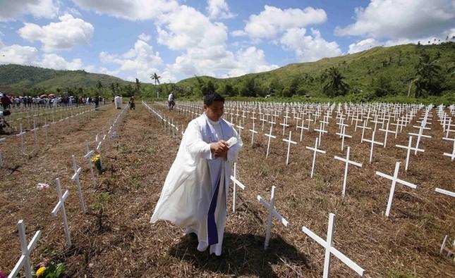 Philippines tưởng niệm 1 năm sau thảm họa bão Haiyan ảnh 3