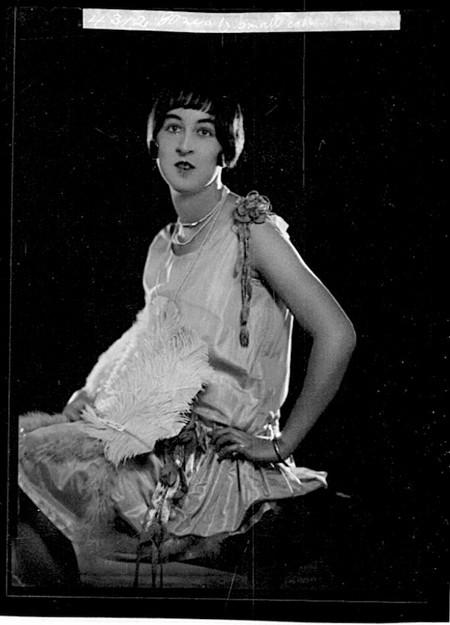 Vẻ đẹp cổ điển của những mỹ nhân nước Úc một thời ảnh 5