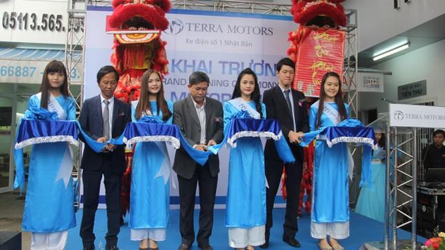 Xe điện Terra Motors trình làng mẫu A2000 với giá 25 triệu đồng ảnh 1