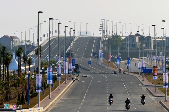 [ẢNH] Cầu Nhật Tân, đường Võ Nguyên Giáp trước ngày thông xe ảnh 19