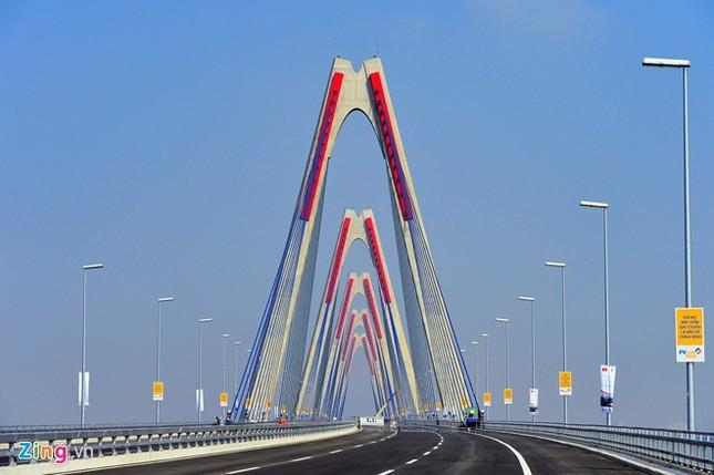 [ẢNH] Cầu Nhật Tân, đường Võ Nguyên Giáp trước ngày thông xe ảnh 7