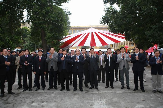 Phó Thủ tướng Nguyễn Xuân Phúc đồng hành cùng Chủ nhật Đỏ ảnh 1