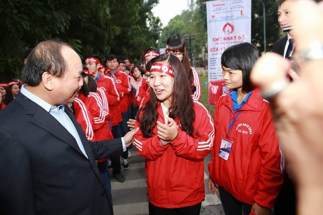 Phó Thủ tướng Nguyễn Xuân Phúc đồng hành cùng Chủ nhật Đỏ ảnh 3
