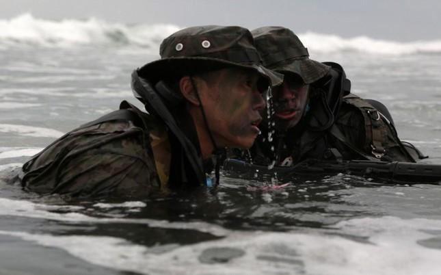 Mục kích lính Mỹ - Nhật Bản tập trận Iron Fist 2015 ảnh 6