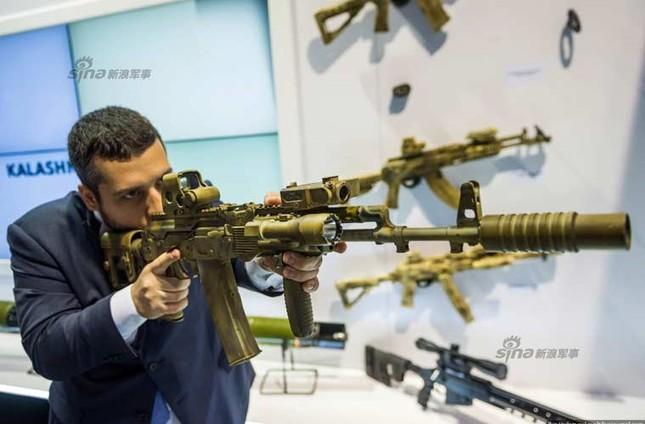 Chiêm ngưỡng vũ khí tối tân Nga chào bán tại UAE ảnh 17