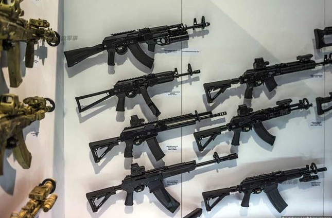 Chiêm ngưỡng vũ khí tối tân Nga chào bán tại UAE ảnh 18