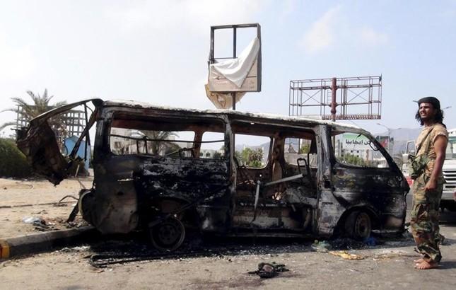 Yemen hoang tàn sau những cuộc không kích phiến quân ảnh 1