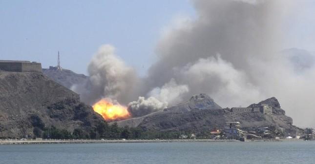 Yemen hoang tàn sau những cuộc không kích phiến quân ảnh 5