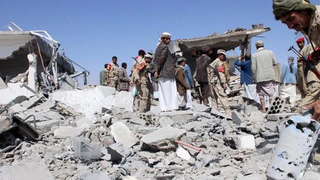 Yemen hoang tàn sau những cuộc không kích phiến quân ảnh 7