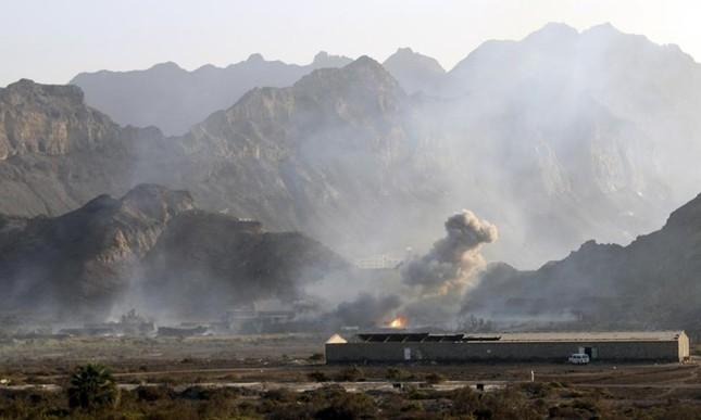 Yemen hoang tàn sau những cuộc không kích phiến quân ảnh 9